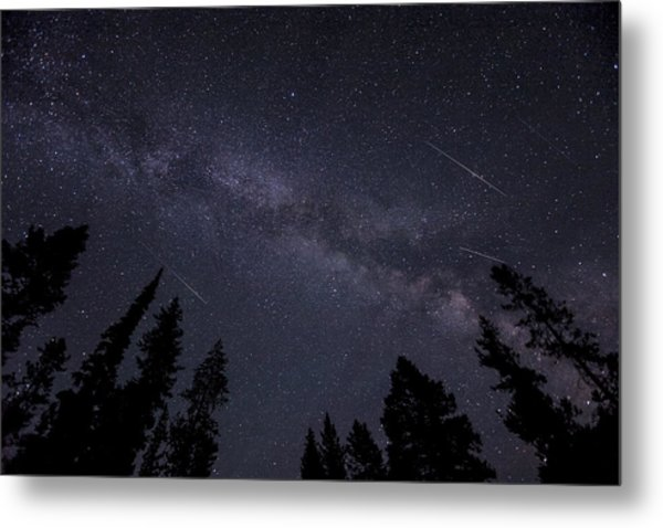 Meteors And The Milky Way Metal Print