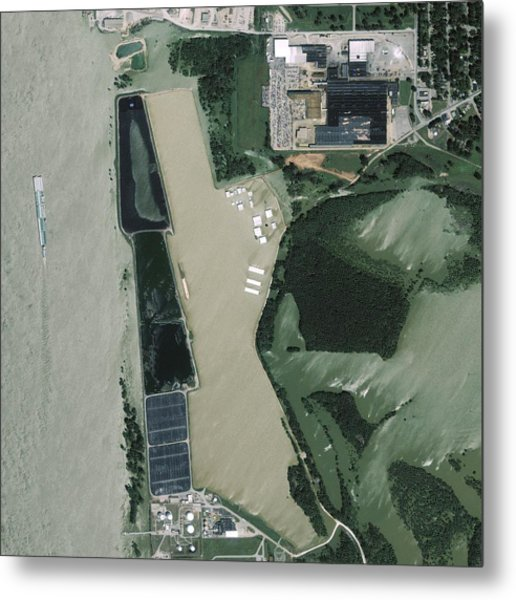 Mississippi Flooding, Usa Metal Print by Science Photo Library