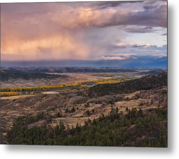 Missouri River Storm Sunset Metal Print by Leland D Howard