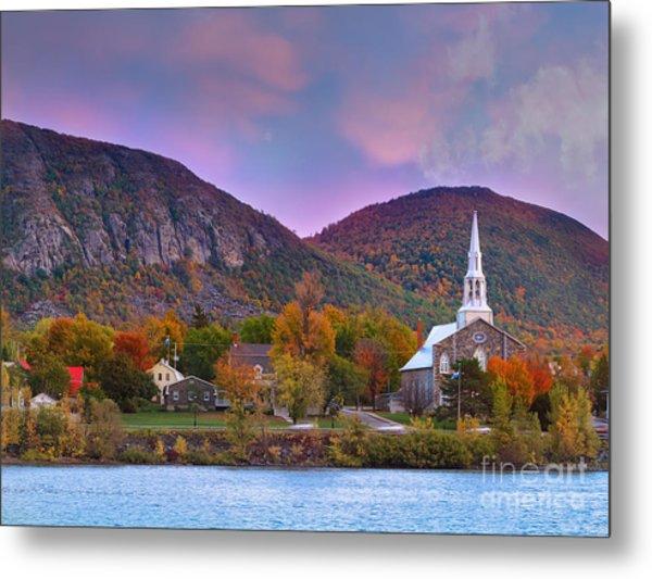 Mont-saint-hilaire Quebec On An Autumn Day Metal Print
