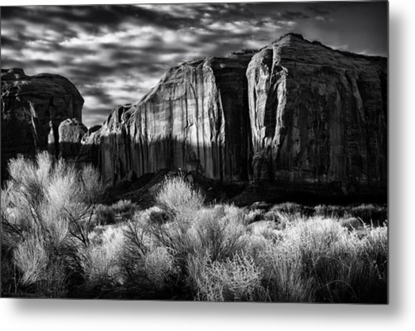 Monument Valley In Black And White Metal Print