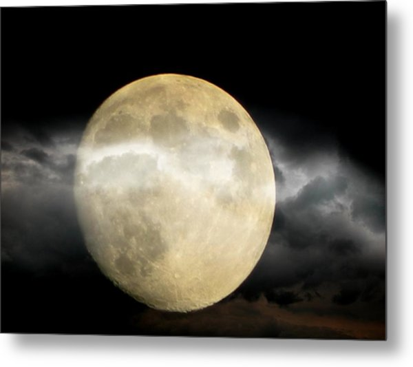 Moon In The Fog Metal Print by Michelle Frizzell-Thompson