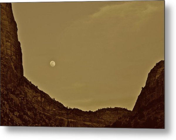 Moon Over Crag Utah Metal Print