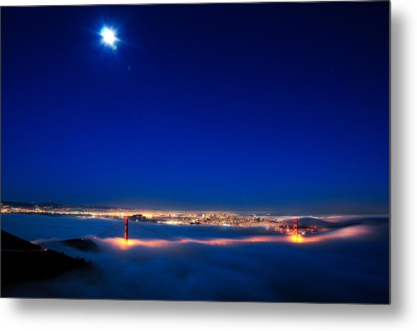 Moon Over San Francisco In Fog Metal Print