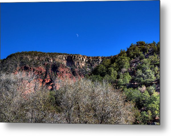 Moon Over The Mesa Metal Print