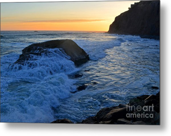 Moon Tides In Dana Point Metal Print