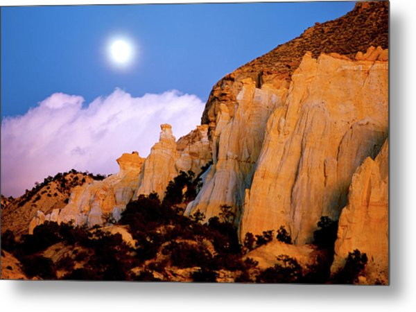 Moonrise Over The Kaiparowits Plateau Utah Metal Print