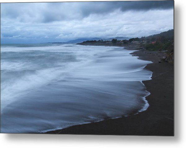 Moonstone Beach Surf 2 Metal Print