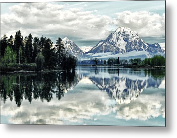 Morning At The Bend Metal Print by Jeff R Clow
