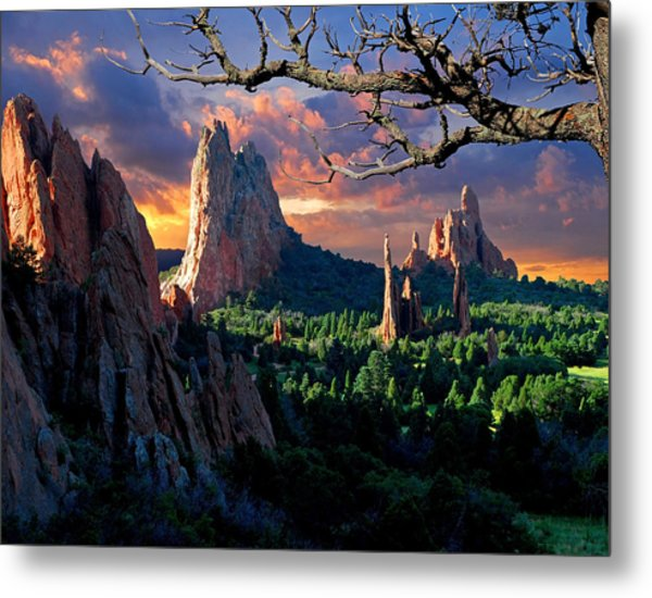 Morning Light At The Garden Of The Gods Metal Print