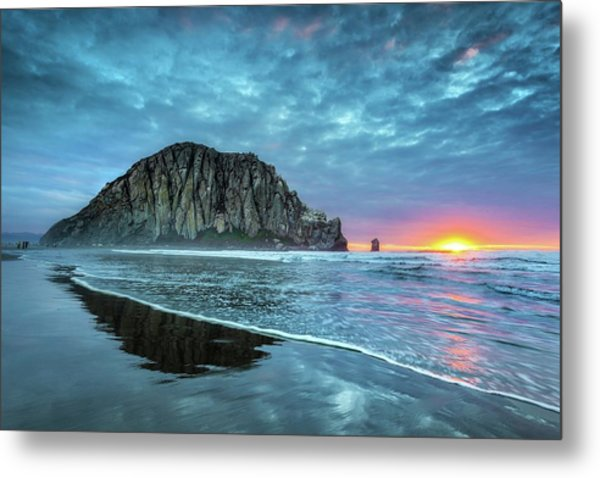 Morro Sunset Metal Print by Tom Grubbe