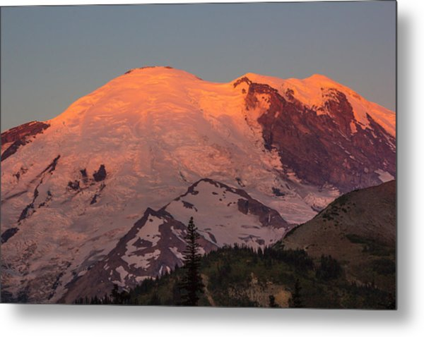Mount Rainier Sunrise Metal Print