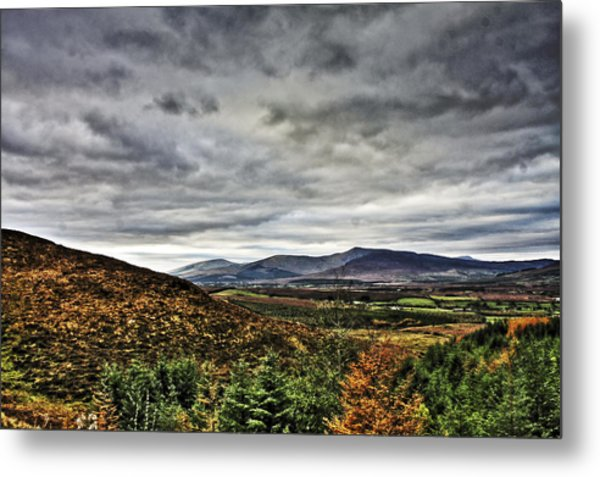 Mountain At The Windy Gap Metal Print by Tony Reddington