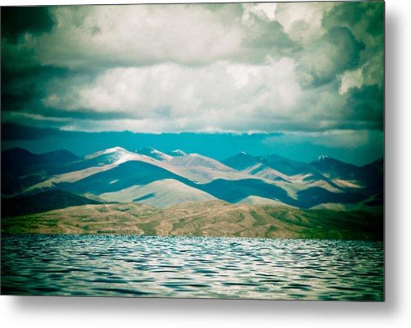 Mountain Lake In Tibet Manasarovar Metal Print