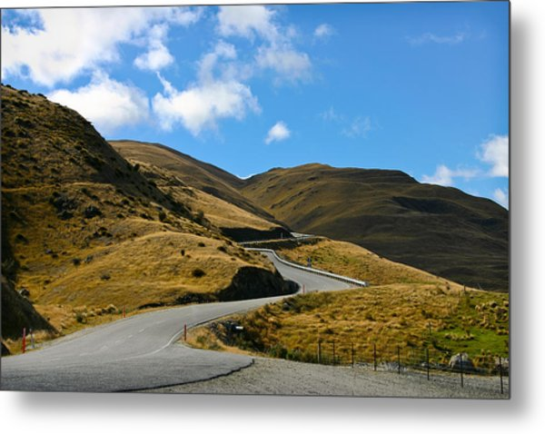 Mountain Pass Road Metal Print
