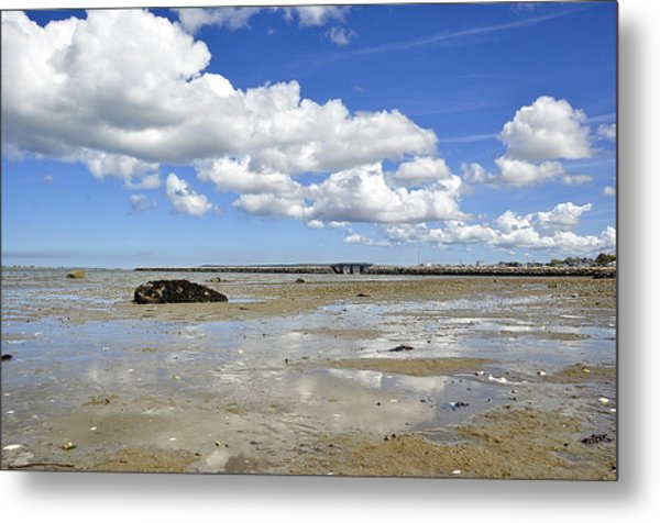 Moving Sea Metal Print
