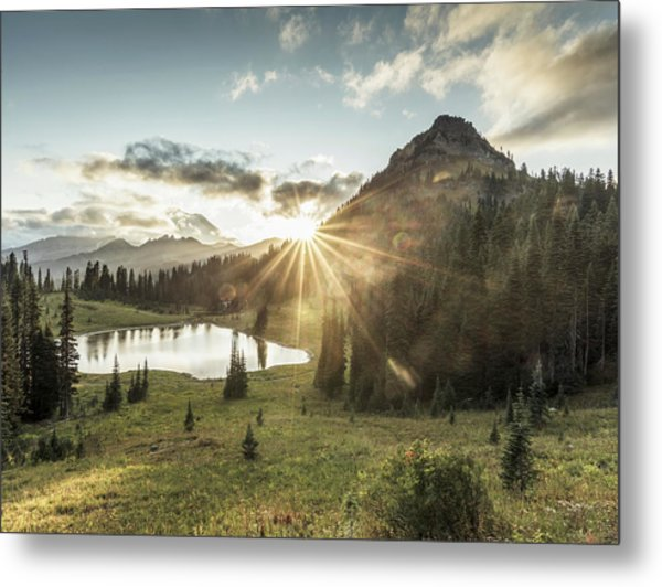 Mt.rainier In Sunset Metal Print by Chinaface