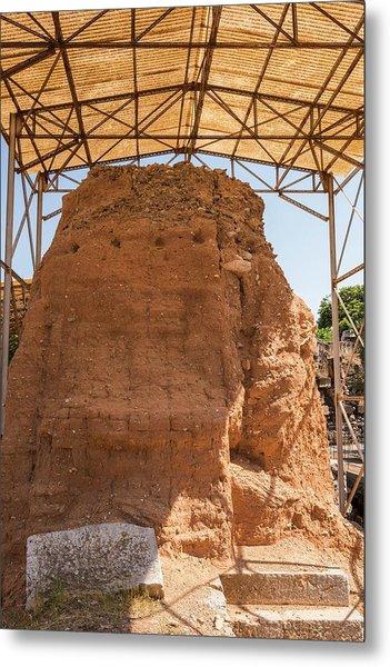 Mud-brick Wall Protection Metal Print by David Parker/science Photo Library