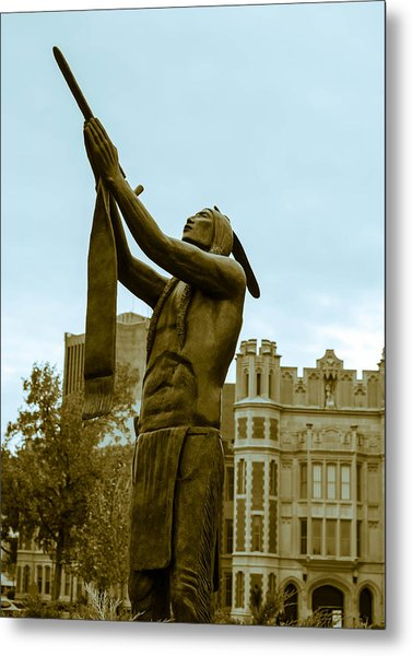 Native Pipe On The North Oval Metal Print