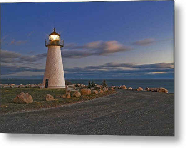 Neds Point Lighthouse In Evening Metal Print