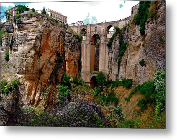 Metal Print featuring the photograph New Bridge by HweeYen Ong