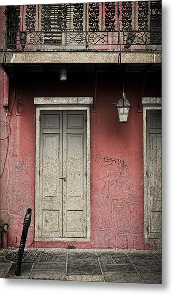 New Orleans French Quarter Balcony And Doorway Metal Print by Ray Devlin