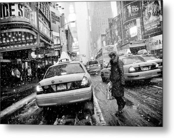 New York In Blizzard Metal Print