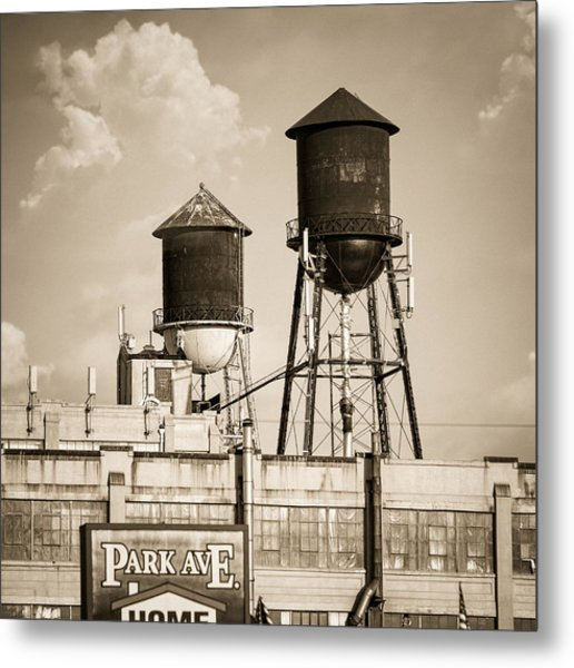 Metal Print featuring the photograph New York Water Tower 8 - Williamsburg Brooklyn by Gary Heller
