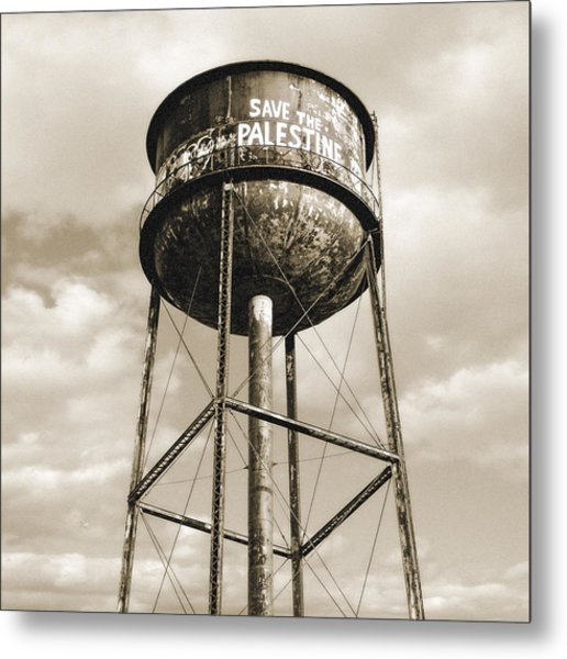Metal Print featuring the photograph New York Water Towers 11 - Greenpoint Brooklyn by Gary Heller