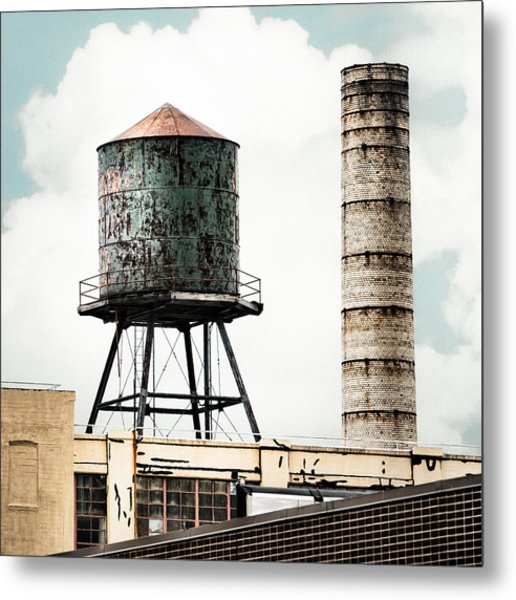 Water Tower And Smokestack In Brooklyn New York - New York Water Tower 12 Metal Print