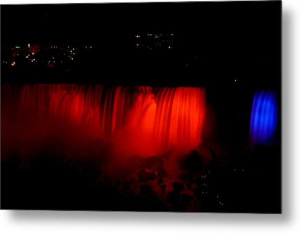 Metal Print featuring the photograph Niagara Falls by Cristina Stefan