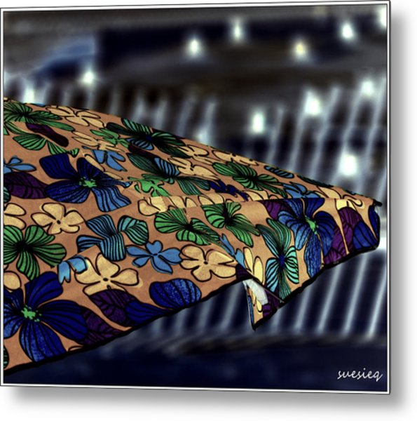 Night Beach Metal Print by Sue Rosen