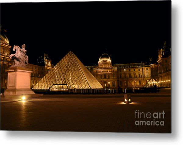 Nighttime At Musee Du Louvre Metal Print