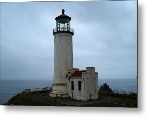 North Head Lighthouse At Cape Disappointment Metal Print by Lizbeth Bostrom