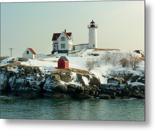 Nubble In Winter Metal Print by Elaine Franklin