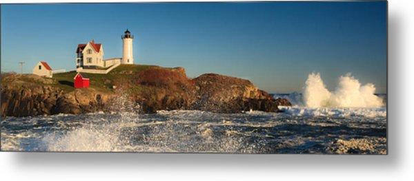 Nubble Light With Rough Seas Metal Print