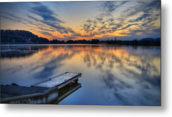 October Sunrise At Lake White Metal Print