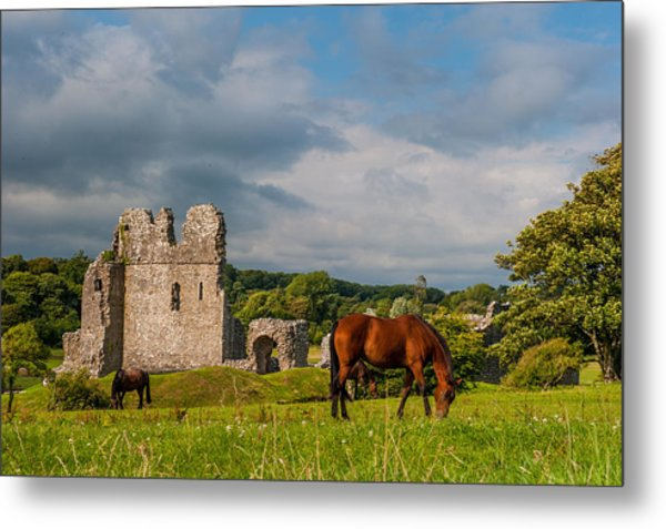 Ogmore Castle Metal Print by David Ross
