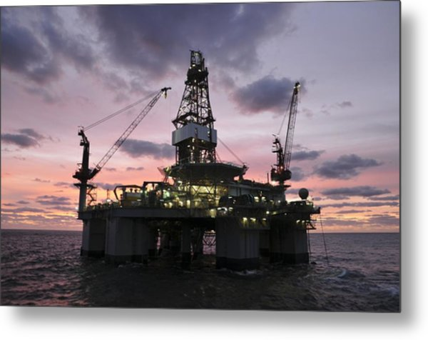 Oil Rig At Dawn Metal Print
