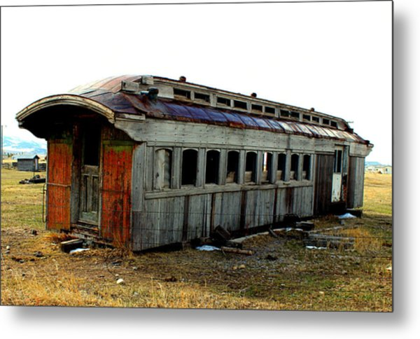 Old And Forgotten Metal Print by Roxann Tempel