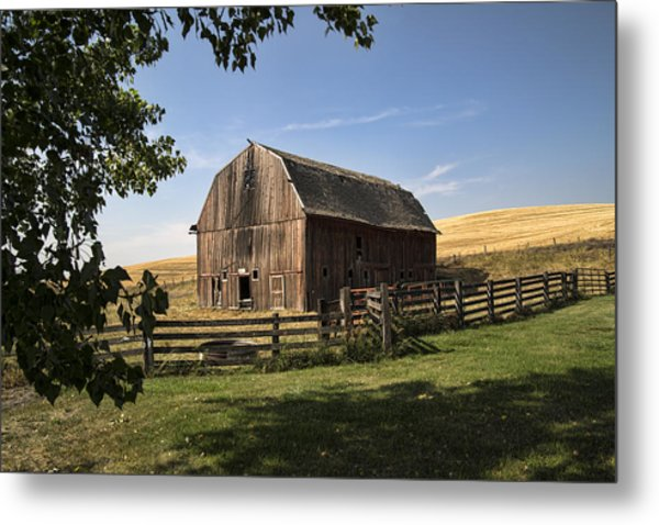 Old Barn On The Palouse Metal Print