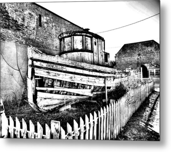 Old Boat In Apalachicola Metal Print