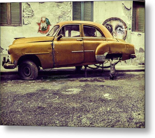 Old Car/cat Metal Print