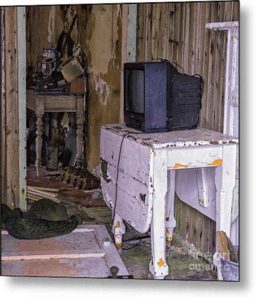 Old Croft No Reception Metal Print by George Hodlin