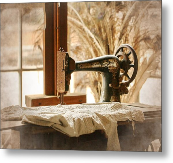 Old Sewing Machine Metal Print