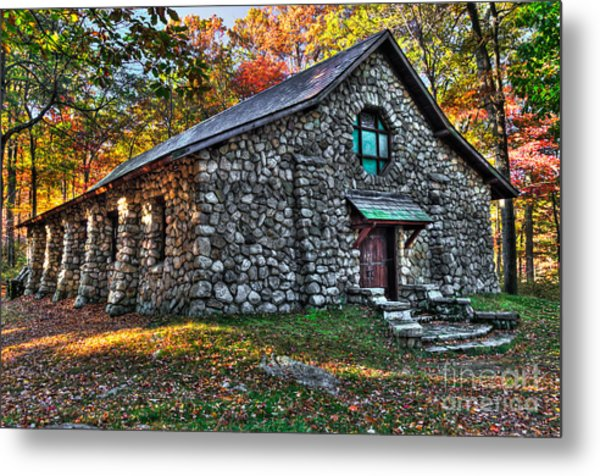 Old Stone Lodge Metal Print