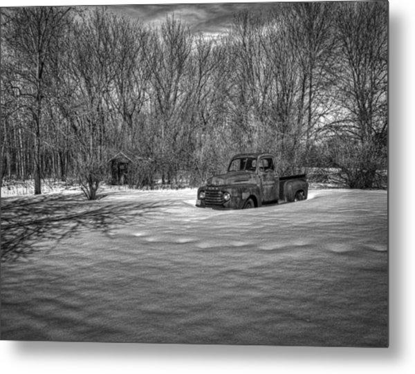 Old Timer In The Snow Metal Print