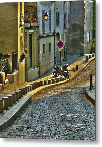 On The Way To Sacre Coeur  Metal Print
