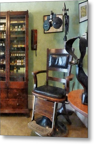 Optometrist - Eye Doctor's Office Metal Print