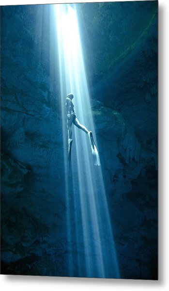 Into The Light Metal Print by One ocean One breath
